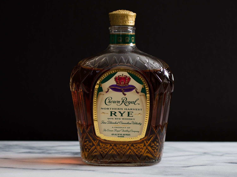 20151222-best-booze-crown-royal-rye-whisky-icky-wasik-9.jpg