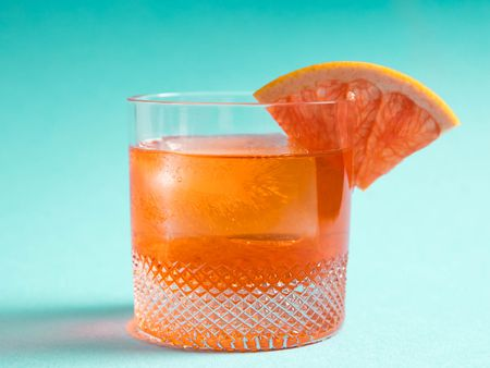 Ricetta Negroni Aperol.Unusual Negroni Aperol Lillet And Gin Cocktail Recipe