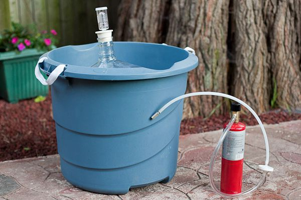 20110805-164826-Homebrewing-Oxygen-Fermentation.jpg