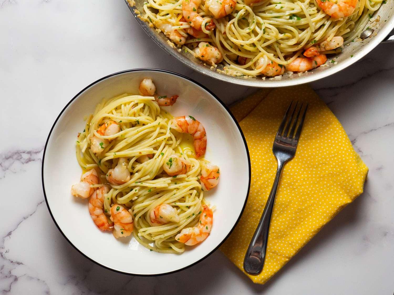 20210204-shrimp-scampi-pasta-sauce-daniel-gritzer-15