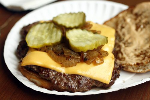 20100129-grass-fed-rub-burger.jpg