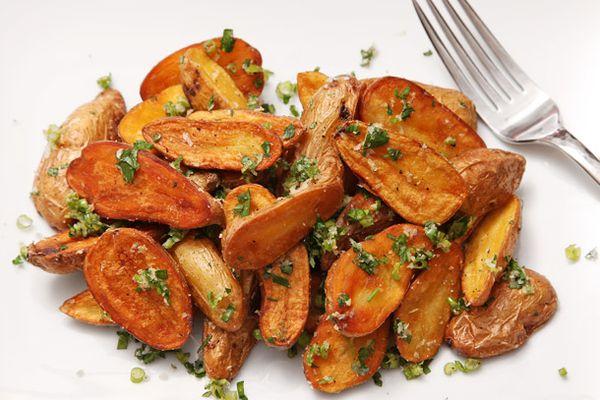 20121211-duck-fat-potatoes-garlic-parsley-parmesan.jpg