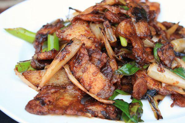 20120615-chichis-chinese-pork-belly-dish-primary.jpg