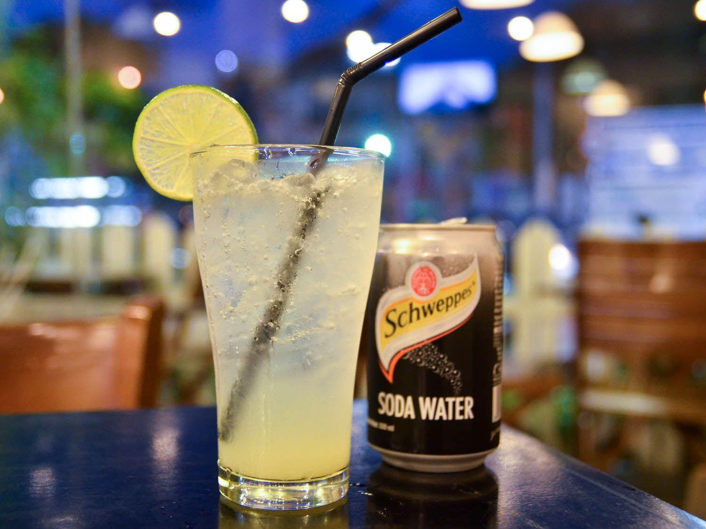 20140805-vietnam-drinks-soda-chanh-barbara-adam.jpg