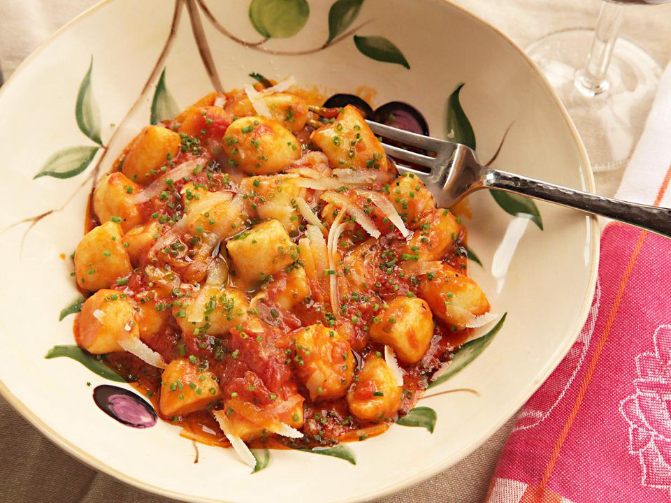 20150318-ricotta-gnocchi-how-to-food-lab-recipe-36a.jpg