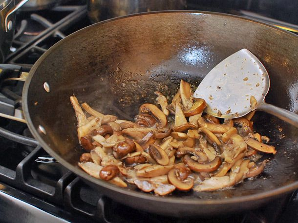 04022014-stirfry-beef-with-mixed-mushroom-and-butter-11.jpg