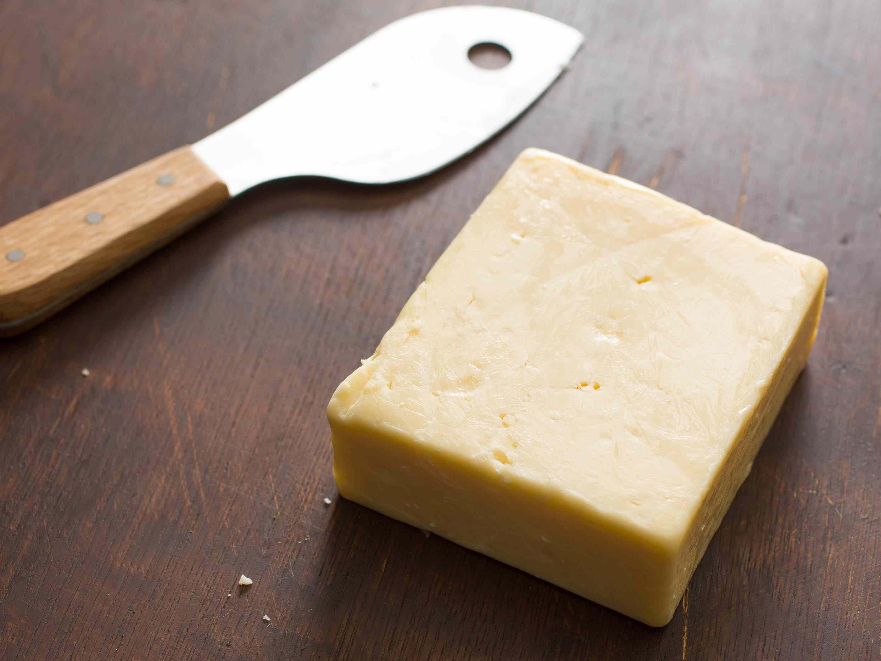 20141121-midwestern-cheese-milton-creamery-prairie-breeze-vicky-wasik-2.jpg