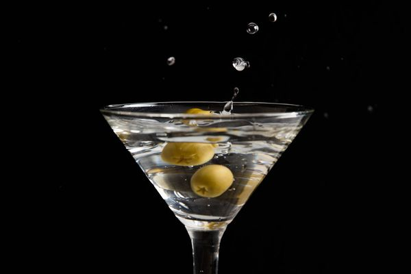 20160321-filthy-martinis-vicky-wasik-2-2.jpg