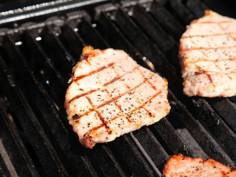 20150617-grilled-pork-plum-mustard-sandwich-kenji-11.jpg