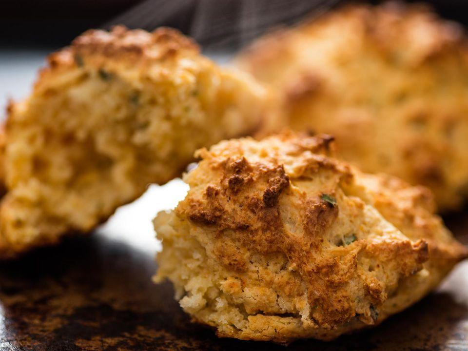 20170127-cheddar-bay-biscuits-vicky-wasik-10.jpg