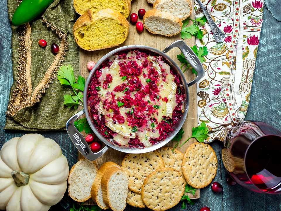 20181216-cranberry-jalapeno-baked-brie-overhead-morgan-eisenberg