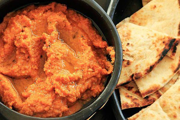 20120513-kofta-kebab-carrot-dip-bread-2.jpg