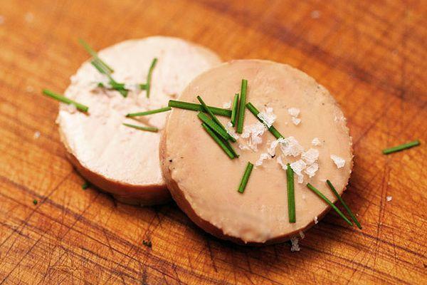 20121210-foie-gras-torchon-primary.jpg