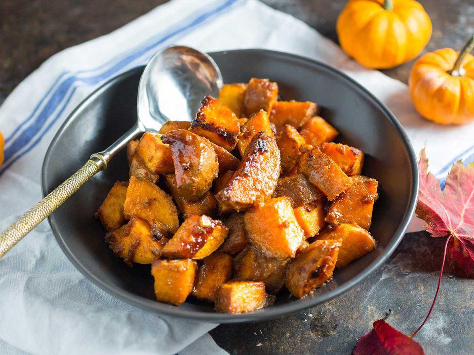 20161102-Roasted-Miso-Maple-Sweet-Potatoes-03.jpg