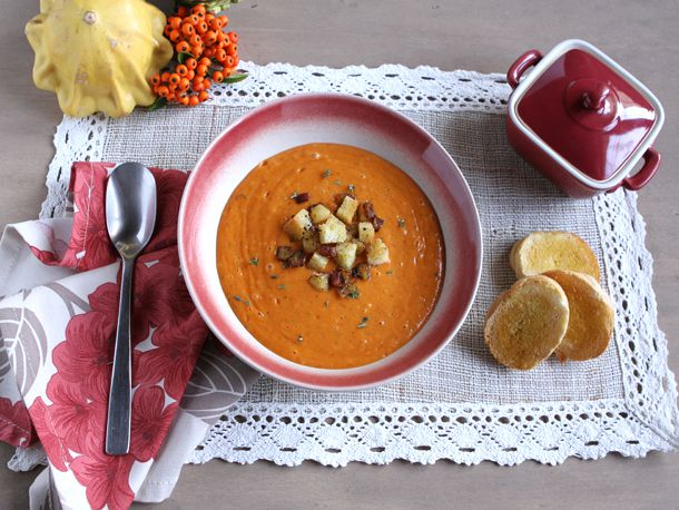 2013-10-14-redpeppersoup5.jpg