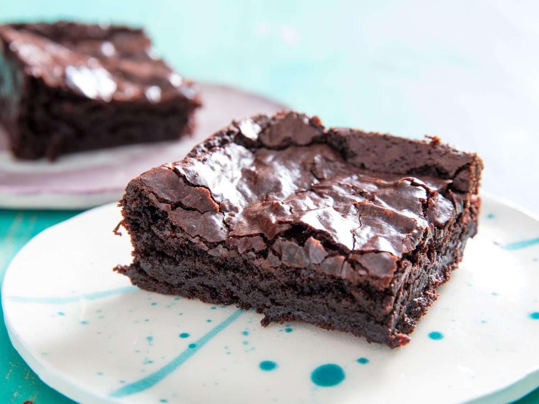 glossy vegan brownie