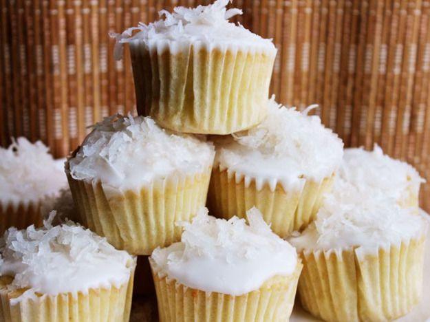 20151005-cupcake-recipe-roundup-04.jpg