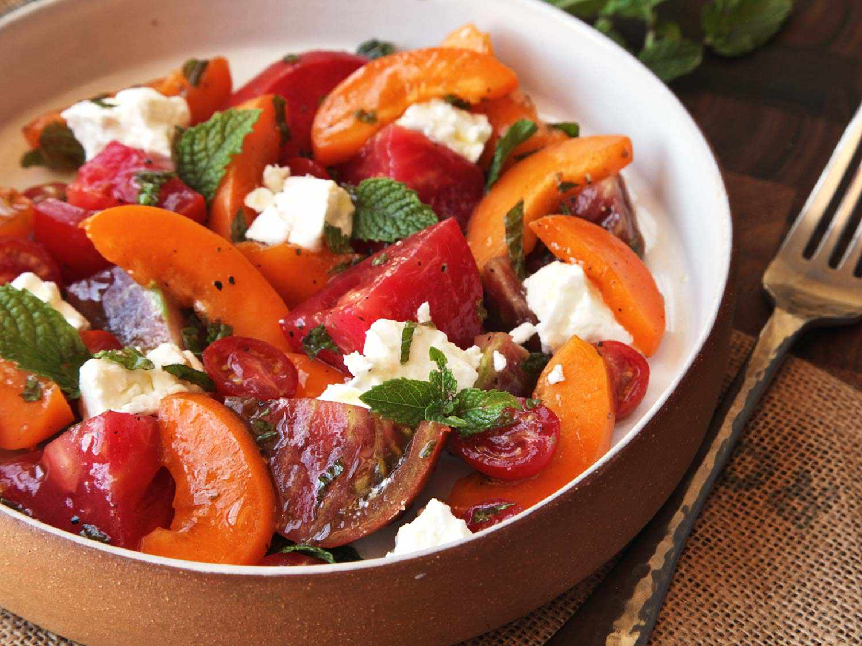 20150728-easy-summer-apricot-tomato-feta-mint-salad-3.jpg