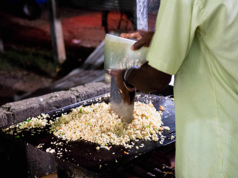 20140802-sri-lankan-food-cooking-kotthu-naomi-tomky.jpg