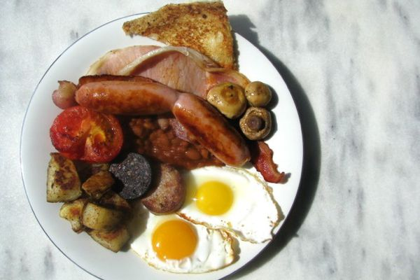 20120808-216637-british-bites-guide-to-a-fry-up.jpg