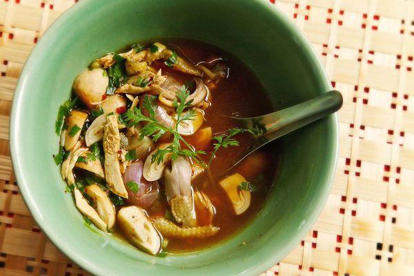 Thai-style chicken soup (Yum Jin Gai)