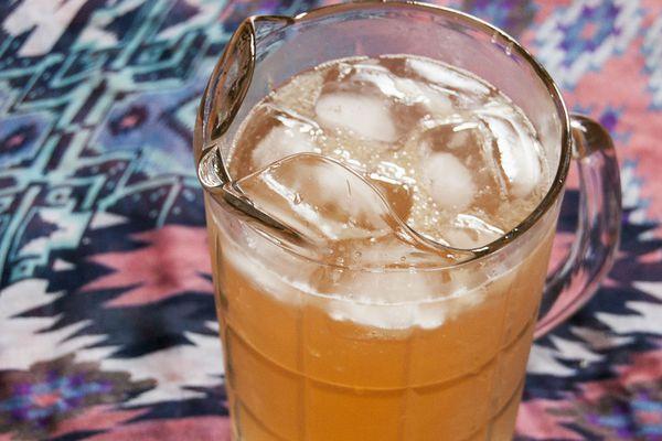 20140516-rhubarb-ginger-lime-drink2.jpg