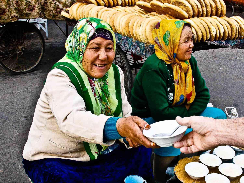 20140629-Kashgar-Bazaar-Cream-FionaReilly.jpg