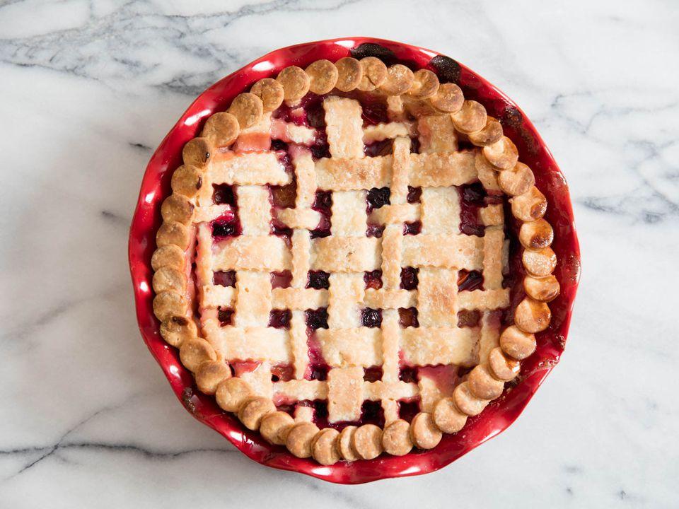 20160608-gluten-free-pie-crust-vicky-wasik-2.jpg
