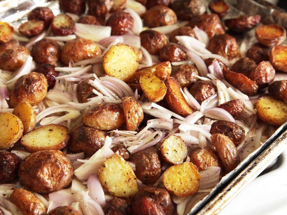 20131026-new-potatoes-roasted-crispy-thanksgiving-11.jpg