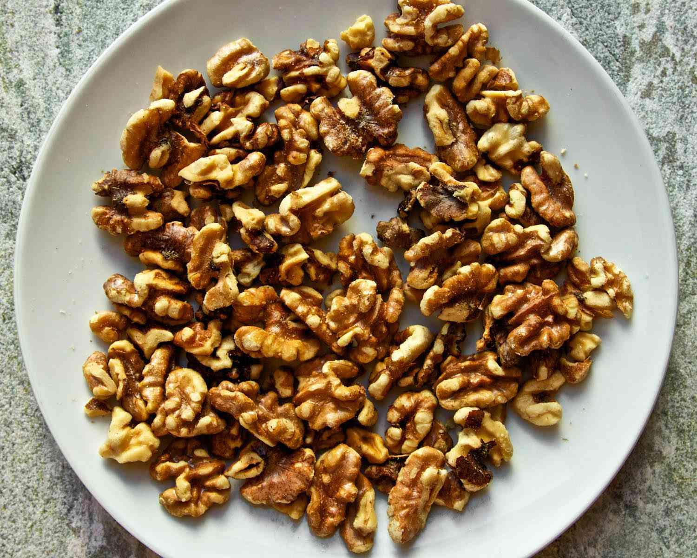20140925-ideas-in-food-Micro-Roasted-Walnuts.jpg