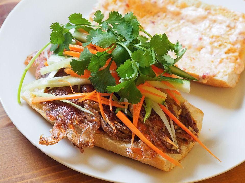20140522-soft-shell-crab-sandwich-pickled-veg.jpg