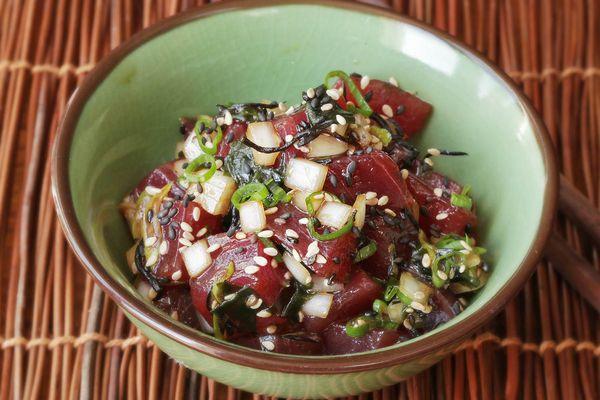 20160608-poke-tuna-hamachi-octopus-salmon-hawaii-recipe-06.jpg