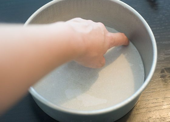 smooth parchment in cake pan