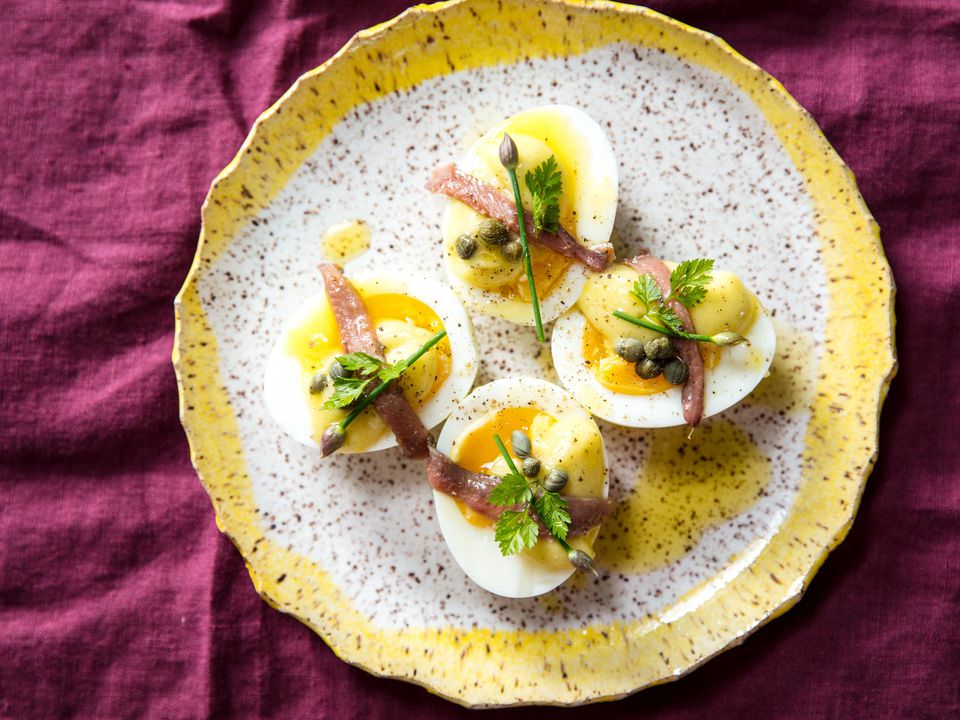 20180525-deconstructed-deviled-eggs-vicky-wasik-4