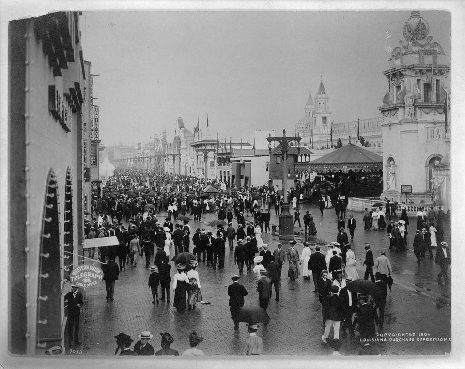 20151028-1904-worlds-fair-crowd.jpg