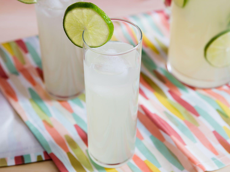 20160613-nonalcholic-summer-drink-recipes-roundup-04.jpg