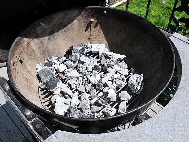 20100425-arraning-the-coals.jpg
