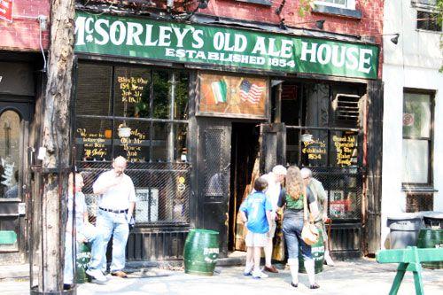 20080825-12burgers-mcsorleys1.jpg