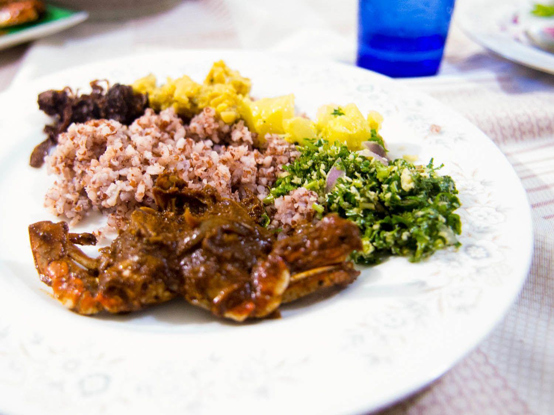 20140802-sri-lankan-food-rice-and-curry-plate-naomi-tomky.jpg