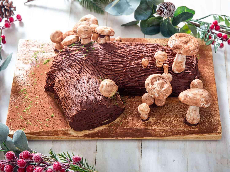 A Yule log with meringue mushrooms