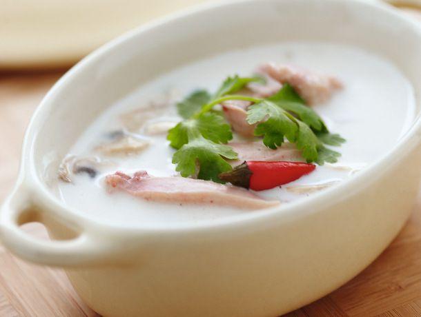 Chicken Coconut Soup (Tom Kah Gai)