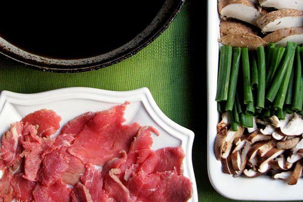 032412-198499-sunday-supper-sukiyaki-primary.jpg