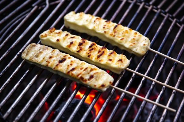 20190620-queijo-coalho-brazilian-grilled-cheese-skewers-vicky-wasik-5