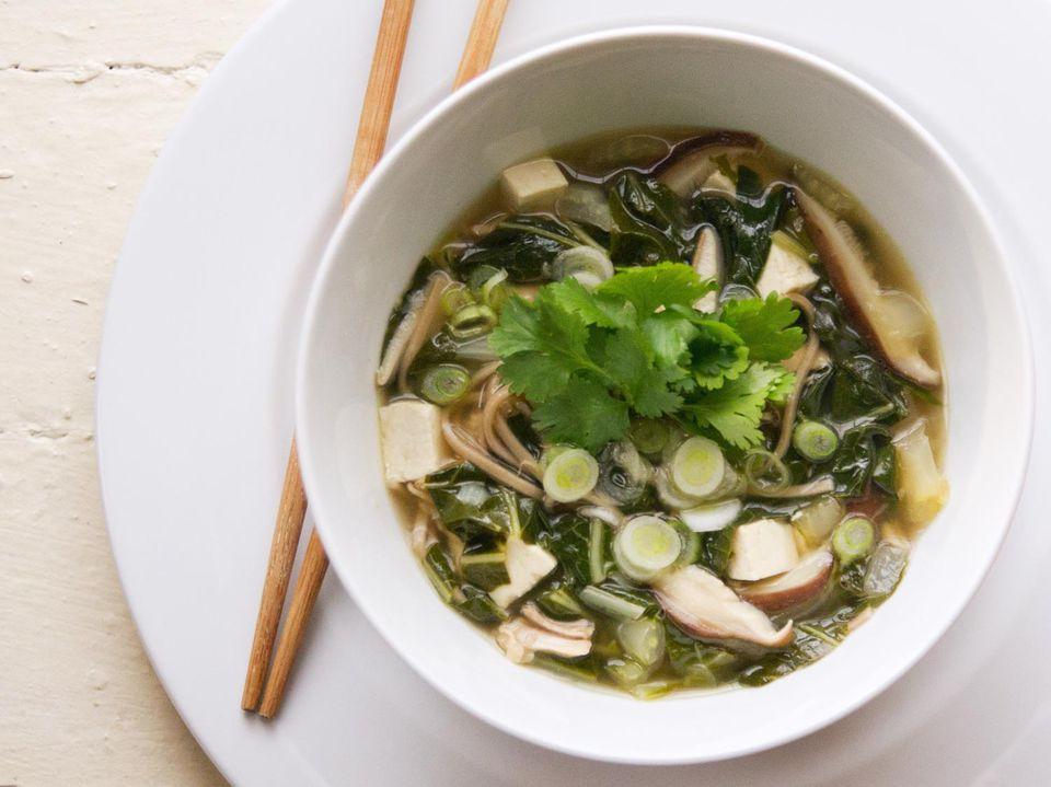 20131108-meat-lite-soba-noodle-soup.jpg