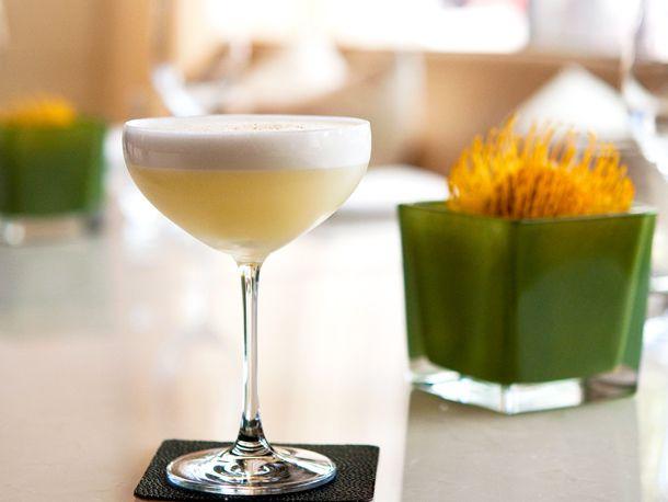 060612-209456-hotel-georgia-cocktail-hawksworth-vancouver.jpg
