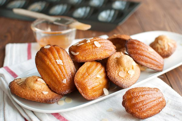 20150408-french-madeleines-with-almonds-and-apricot-nila-jones-4.jpg