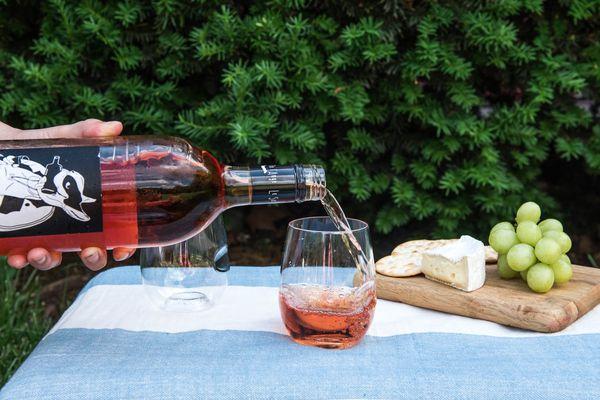 20160608-summer-picnic-wines-liz-clayman-1-3.jpg