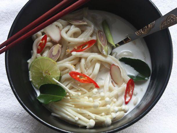 20121022-tom-kha-udon-post.jpg