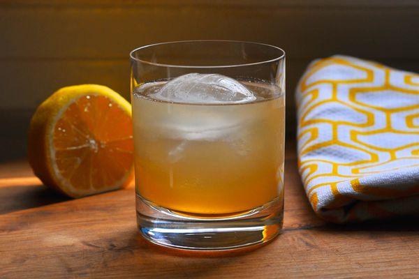 20150223-honey-cocktails-michael-dietsch-1.jpg