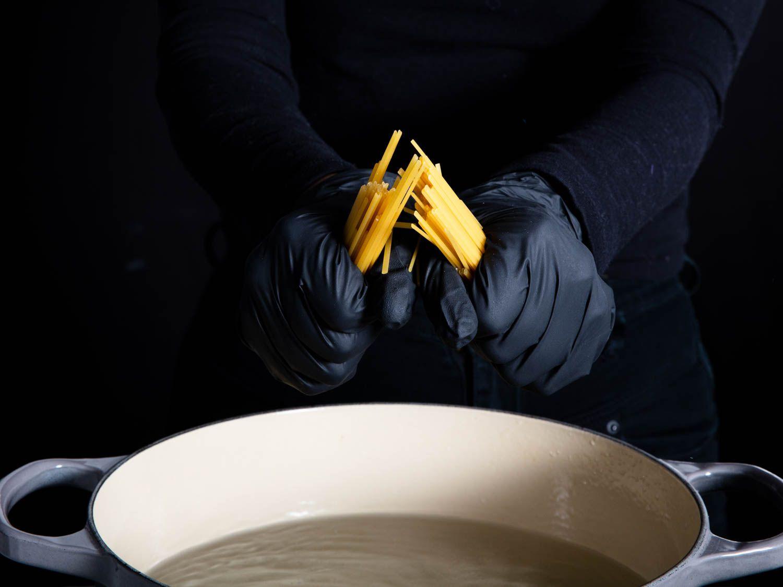 20200305-pasta-crimes-vicky-wasik-2-breaking-pasta